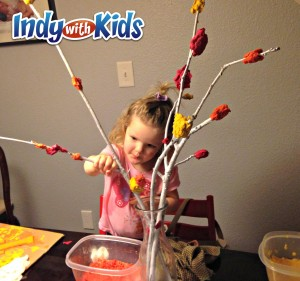 thanksgiving centerpieces with kids paper pulp branches making