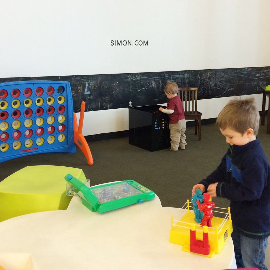 Children's play area at Keystone at the Crossing Fashion Mall